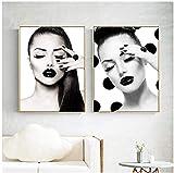 AdoDecor Fashion Model Girl Wanddekoration Poster und Drucke Wandkunst Leinwand Malerei Vogue Schwarz Weiß Bild Nagelstudio 50x70cmx2 Kein Rahmen