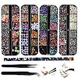 4 Boxen Nail Art Strass Kit Multi Design Zubehör mit 2 Pinzetten Deko Diamanten Kristalle Perlen Edelsteine Bunt Gemischt Bunte Pferdeaugen Strass Metall Nieten für Nagel DIY Dekoration